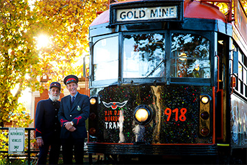 Dja-Dja-Wurrung-Tram-and-Drivers